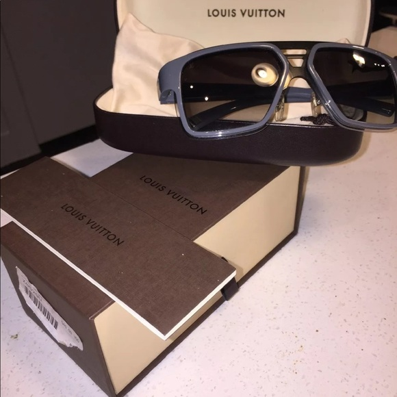 a8fc2be0f7b Louis Vuitton Accessories